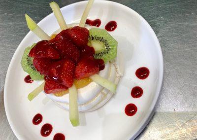 restaurant-les-tetes-brulees-dessert-fraises-pommes